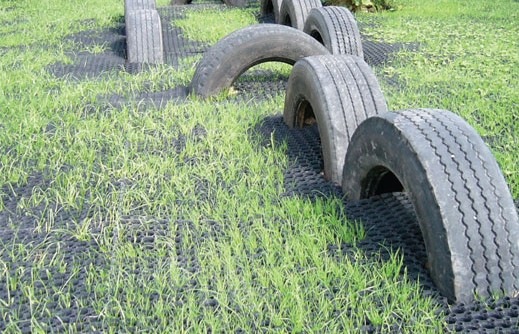 Grass Mats installation - WetPour Ltd.